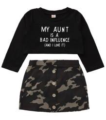 Top bambina autunno nero top e minigonna camouflage