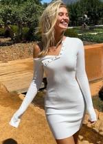 Langarm glattes Strick-Minikleid