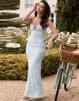 Vestido largo elegante con correa azul floral de verano