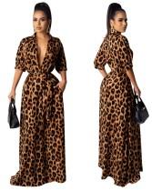 Vestido de noche largo con estampado de leopardo y cinturón