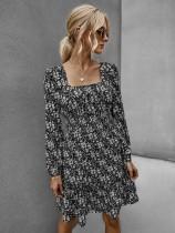 Robe à fleurs carrée décontractée à manches longues