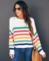 Maglione allentato con pullover a righe autunnali o collo