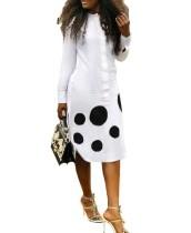 Осеннее белое длинное платье-блузка с принтом в горошек и длинными рукавами