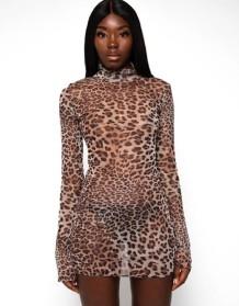Sexy mini-clubjurk met coltrui met luipaardprint en lange mouwen