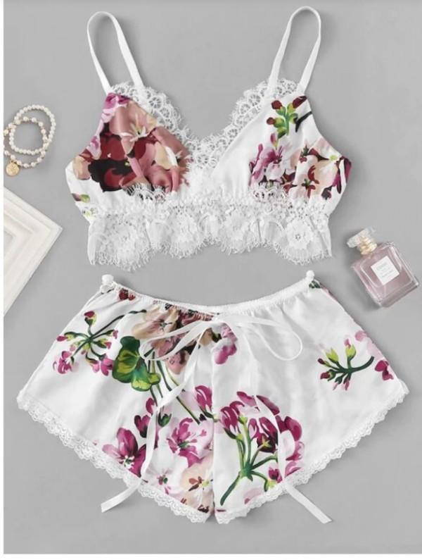 Sexy 2-delige set met bloemen-bh en korte broek