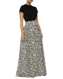Saia longa longa de cintura alta com estampa de leopardo