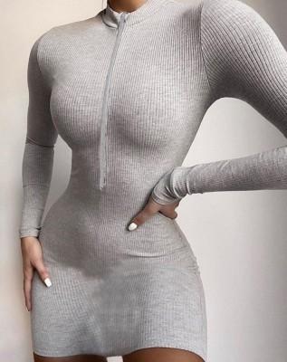 Robe mini club à glissière en tricot d'automne