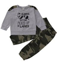 Conjunto de pantalones a juego de camuflaje de otoño para niños