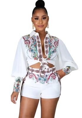 Conjunto de blusa y pantalones cortos retro blanco estampado de 2 piezas