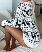 Weißer und schwarzer Pullover mit Elchdruck und langem Pullover