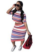 Ensemble deux pièces assorti haut court à rayures colorées et jupe mi-longue