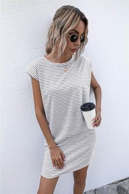 Vestido camisa regular com estampa de listras de verão e decote em O