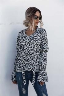Осенняя элегантная блузка с леопардовым принтом на завязках