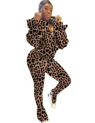 Chándal de manga larga con capucha y estampado de leopardo