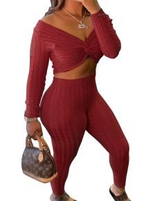 Conjunto de calça e blusa de malha sexy envolvida outono