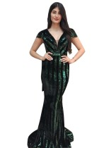 Vestido de noite com decote em V verde lantejoulas sereia