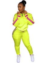 Спортивный спортивный костюм с длинными рукавами и буквами