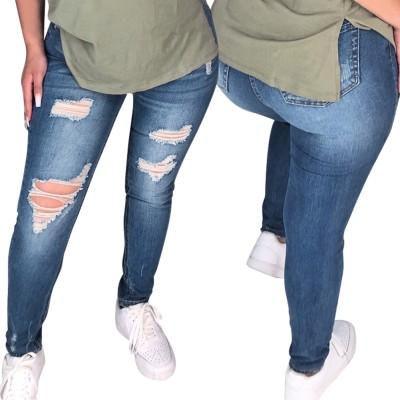 Calças jeans rasgadas justas e justas