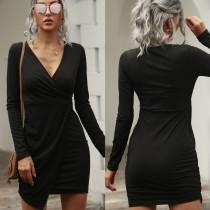 Mini vestido envuelto con cuello en V negro sexy de otoño con mangas completas