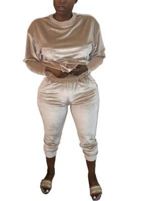 Ensemble chemise et pantalon en velours assortis décontractés d'automne