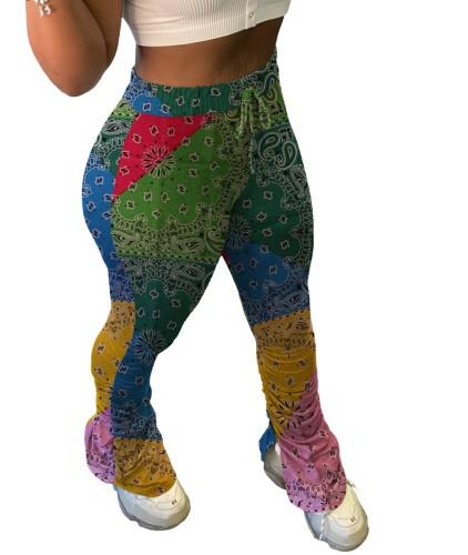 Calças coloridas com fenda lateral de cintura alta estampado na África