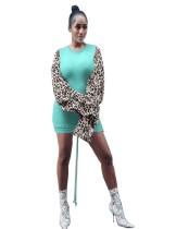 Robe chemise ajustée à col rond d'automne avec manches léopard