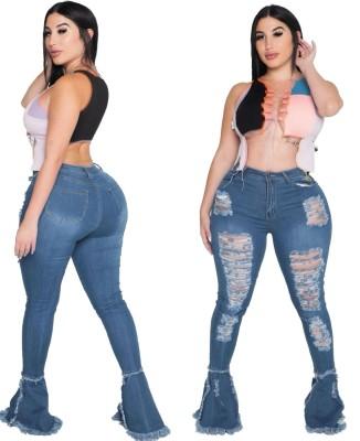 Jeans strappati con fondo a campana a vita alta taglie forti