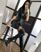 Robe blazer en cuir noir d'hiver avec ceinture large assortie