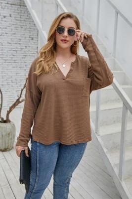 Chemise à col en V de couleur unie d'automne de grande taille