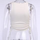 Top corto sin mangas de verano con cuello redondo y cuerdas laterales
