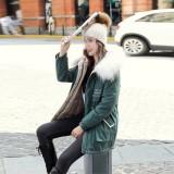 Abrigo largo con capucha de piel con cordones con estampado de invierno