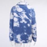 Manteau long blanc et bleu à col rabattu et poche zippée d'hiver