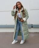 Wintergrüner afrikanischer langer Mantel