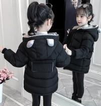 Mädchen gepolsterter Mantel mit süßem Ohr mit Kapuze