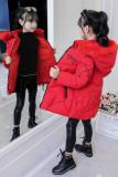 Gepolsterter Mantel des Wintermädchens mit Fellkapuze