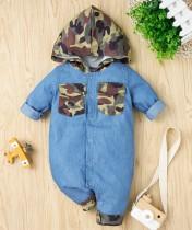 Peleles con botones y capucha con estampado de camuflaje para bebé niño