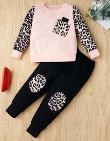 Conjunto de camisa y pantalón con estampado de leopardo de otoño para niña