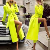 Manteau long vert de style urbain d'hiver avec ceinture