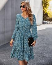 Sonbahar Zarif Çiçekli V Yaka Uzun Elbise