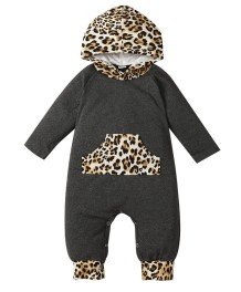 Macacão de capuz bebê menino outono com estampa de leopardo