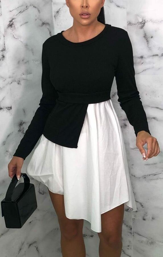 Herbstliches weißes und schwarzes lässiges Schößchenkleid