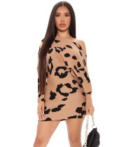 Minivestido Slash con estampado de leopardo de otoño