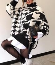 Jersey largo con cuello alto y estampado de invierno