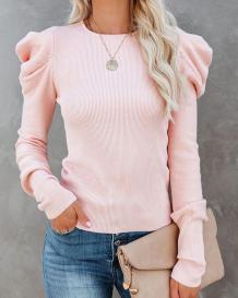 秋のソリッドフリルスリーブセーター