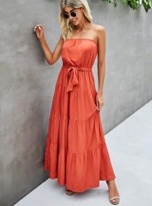 Летнее однотонное простое длинное вечернее платье трапециевидной формы без бретелек