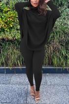 Conjunto de camisa suelta lisa y pantalones ajustados con cuello de cobertura de otoño