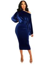 Vestido a media pierna con mangas de murciélago de terciopelo azul formal de fiesta de otoño con hombro inclinado