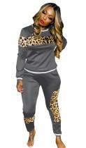 Conjunto casual de camisa y pantalón con estampado de leopardo de otoño