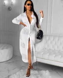 Vestido com blusa comprida branca estampado outono
