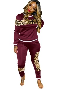 Conjunto de calças e camisa com estampa de leopardo casual outono